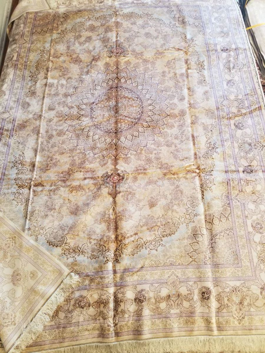 Persian Hand Loom Silk Rug 201